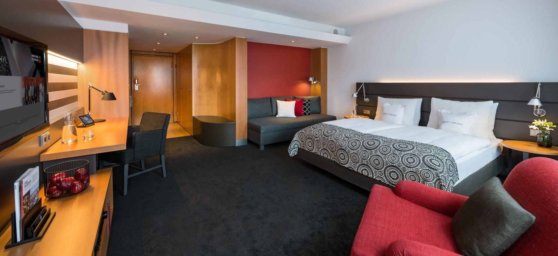 business-studio-zimmer-im-madison-hotel-hamburg