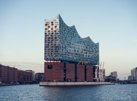 elbphilharmonie-in-hamburg-unplash